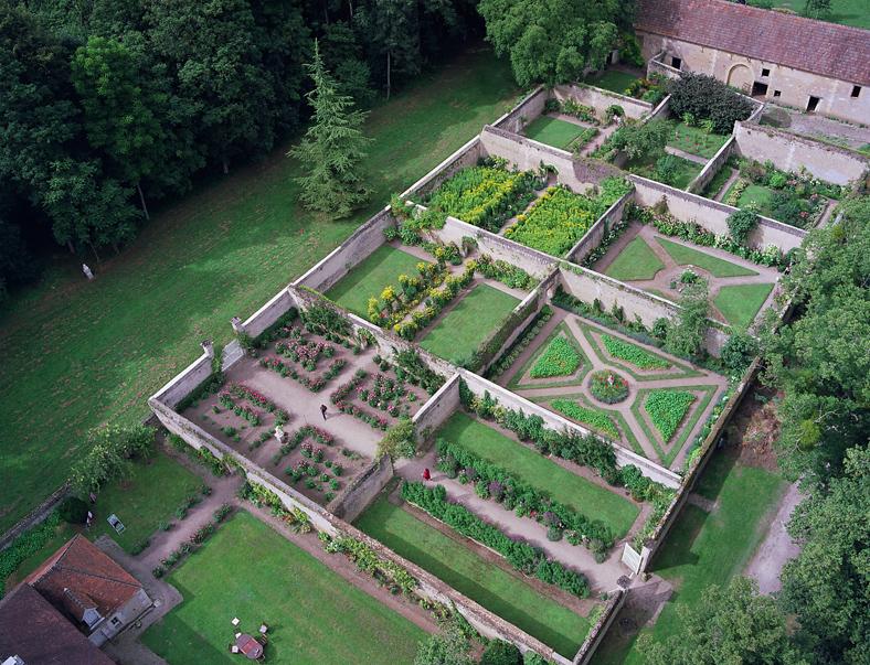 Les chartreuses ch teau de canon en normandie for Circuit jardins anglais